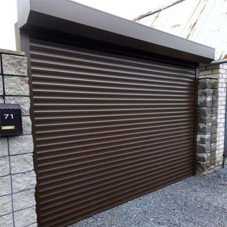 фото готовых гаражных роллет с ручным управлением