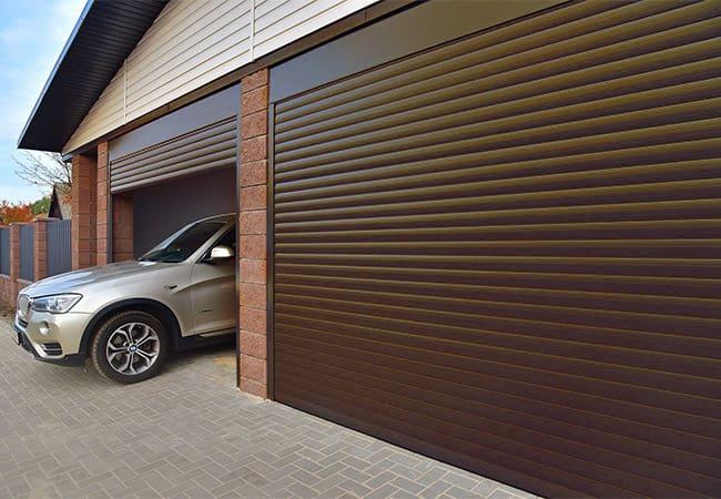 коричневые гаражные ворота - роллеты на гараж в Днепре фото