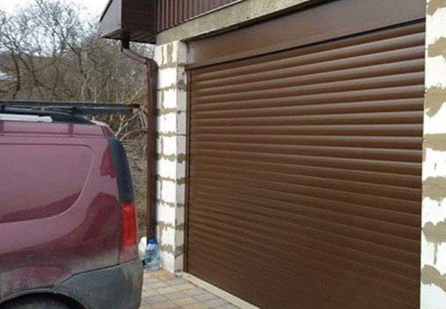 Коричневые пенозаполненные роллеты на гараж в городе Кропивницкий фото