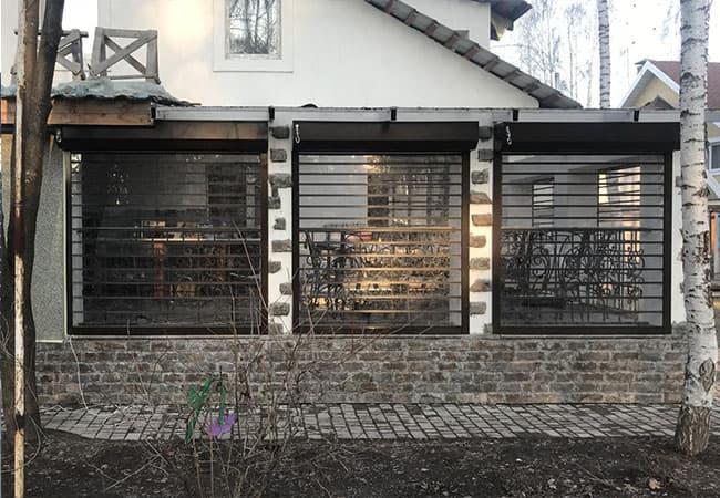 Готовые прозрачные рольставни на окна в Украине фото