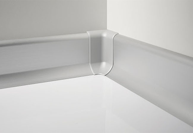 анодированный алюминиевый плинтус под гипсокартон